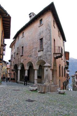 Una fontana a Cannobio